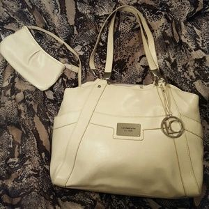Liz Claiborne NWOT large ivory shoulder bag